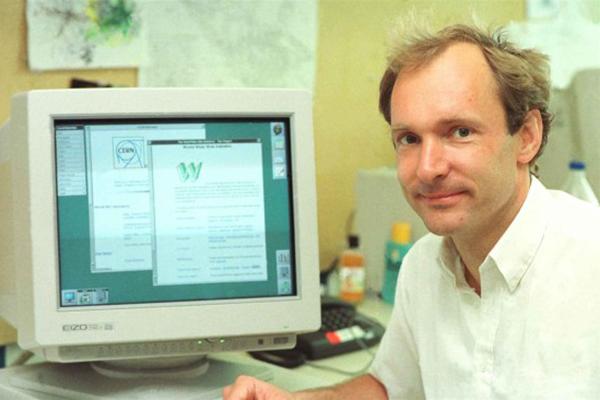 Web, 25 Yaşında!